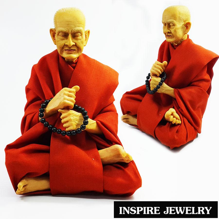 Inspire Jewelry บูชาพระสมเด็จโตพรหมรังสี หล่อเรซิ่นเหมือนจริง นุ่งจีวรผ้าตามแบบจริง พร้อมถือลูกประคำ ขนาด 15x20cm. เหมาะบูชาหน้ารถ ทุกเทศกาล ปีใหม่ วันเกิด ของขวัญ ของฝาก วาเลนไทน์ แสดงความยินดี ห้องทำงาน ห้องพระ ร้านค้าขาย