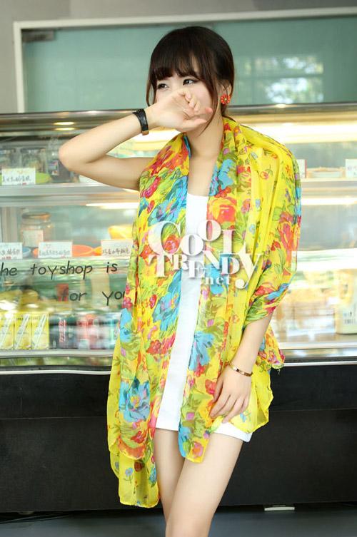 ผ้าพันคอลายดอกไม้ Blossom Bloom : Yellow ผ้า Viscose - size 180x90 cm