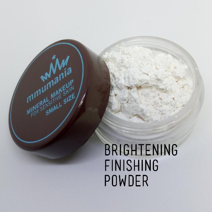 ขนาดจัดชุด MMUMANIA Brightening Finishing Powder แป้งหน้าฉ่ำ