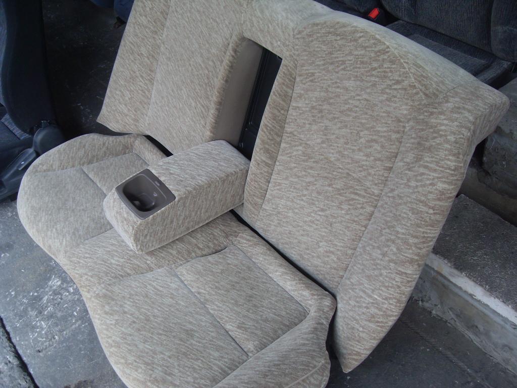 เบาะชุดCivic ตาโต DOMANI หัวรู เบาะ Honda Civic DOMANI ตาโต ปี98 หัวรู เบาะซีวิค ตาโต โดมานี่ สีเบจ เบาะหลังมีที่ท้าวแขนและวางแก้วด้วย เบาะHonda Civic ตาโต เบาะฮอนด้า ซีวิค ตาโต ปี98 หัวรู ราคาตามข้างล่างเป็นราคาต่อชุดหน้า,หลังนะครับ