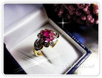 แหวนพลอยทับทิมล้อมเพชร gold plated 5microns/white gold plated