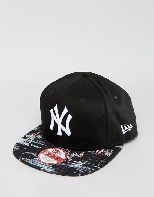 Pre oder New Era 9Fifty Snapback Cap NY Yankees Offshore Print