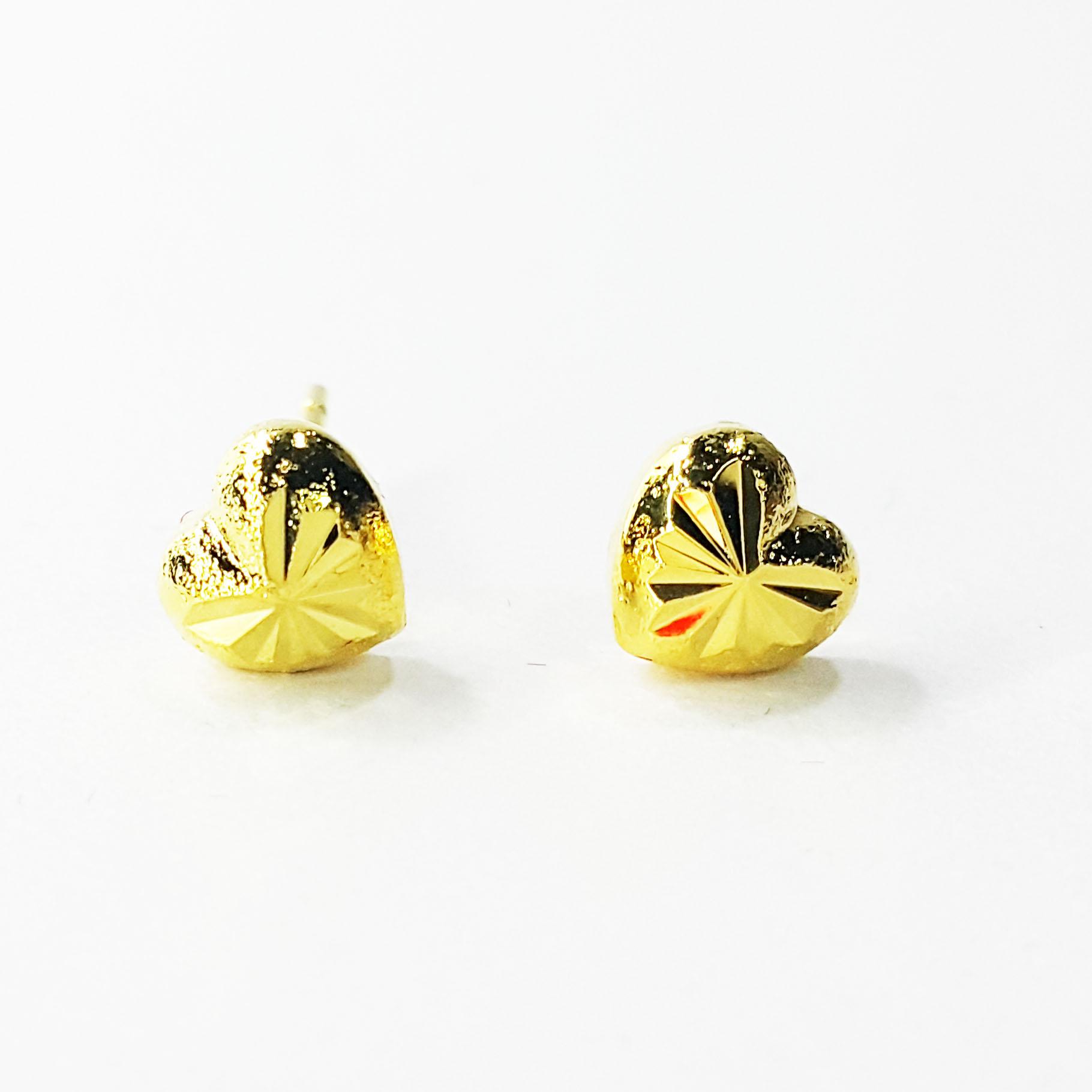 Inspire Jewelry ต่างหูรูปหัวใจตอกลาย หุ้มทองแท้ 100% 24K size M