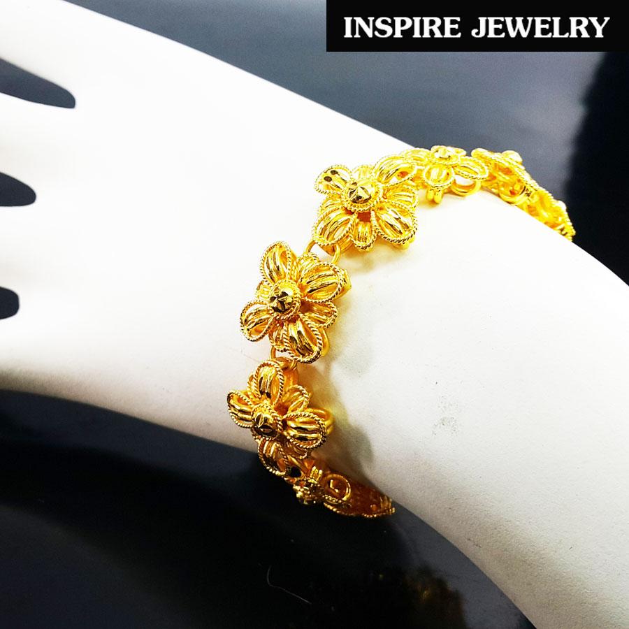 INSPIRE JEWELRY สร้อยข้อมือลายดอกไม้ รอบมือ ตอกลายทองสวยงามมาก หนัก 1บาทกว่า หุ้มทองแท้ 100% or gold plated แบบร้านทอง