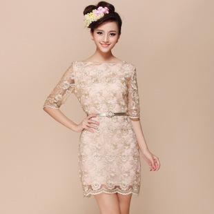 """size S""""พร้อมส่ง""""เสื้อผ้าแฟชั่นสไตล์เกาหลีราคาถูก Brand Strawberry Flower เดรสแขนสามส่วนผ้าลูกไม้สีเหลือบทอง ลายดอกไม้ มีซับใน ซิบด้านข้าง พร้อมเข็มขัด -size S"""