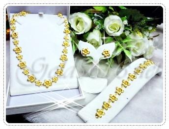 ชุดสร้อยคอดอกไม้ทองสวิสรอบคอ สร้อยข้อมือ และต่างหู