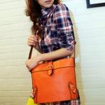 """""""พร้อมส่ง""""กระเป๋าแฟชั่น Maomao กระเป๋าสะพาย ด้านหน้าเป็นลายหนังงู เก๋ๆ -สีส้ม"""