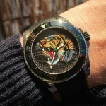 GUCCI Dive Embroidered Tiger Motif Dial Men's Watch Item No. YA136318