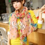 ผ้าพันคอลายดอกไม้ Blossom Bloom : Light Pink ผ้า Viscose size 180x90 cm