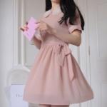 """""""พร้อมส่ง""""เสื้อผ้าแฟชั่นสไตล์เกาหลีราคาถูก Brand Chuvivi เดรสแขนสั้น สีชมพู คอปกซ้อน2ชั้นสีขาว ซิปหลัง มีซับในช่วงกระโปรง มีผ้าผูกเอวค่ะ"""