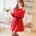 """size M """"พร้อมส่ง""""เสื้อผ้าแฟชั่นสไตล์เกาหลีราคาถูก Brand Chuvivi เดรสสีแดง แขนยาว กระโปรงบานๆ มีริบบิ้นสีดำกำมะหยี่คาดเอว มีซับใน size M"""