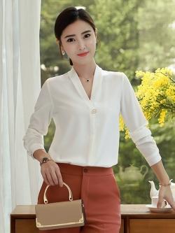 เสื้อทำงานผู้หญิงแขนยาวเรียบหรูดูดี สีขาว