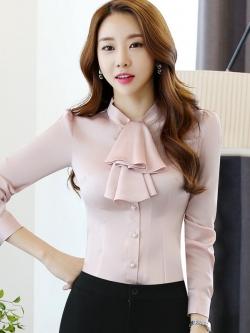 เสื้อทำงานผู้หญิงแขนยาวระบายหน้า สีชมพูอ่อน ชุดยูนิฟอร์มเรียบหรู