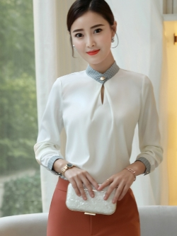 เสื้อทำงานผู้หญิงแขนยาวแฟชั่นเรียบร้อยดูดี สีขาว