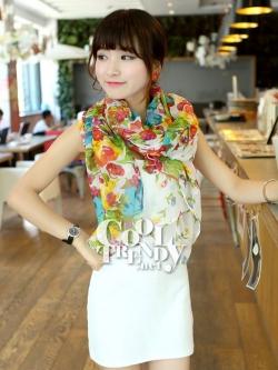 ผ้าพันคอแฟชั่นลายดอกไม้ Blossom Bloom : White color ผ้า Viscose - size 180x90 cm