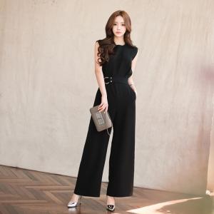 ชุดจั๊มสูทกางเกงขายาวทำงานผู้หญิงแฟชั่น สีดำ ใส่เป็นชุดทำงานสบายๆเรียบๆ
