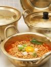 Pre Order / หม้อต้มมาม่า จากเกาหลี สีทอง ร้อนเร็ว กระจายความร้อนดีมาก ทำอาหารอร่อย ต้มมาม่ายิ่งอร่อย