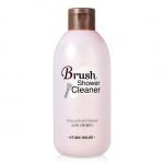 Pre-Order Etude Brush Shower Cleaner 브러쉬 샤워 클리너 250 ml 8000won ผลิตภัณฑ์ทำความสะอาดแปรงแต่งหน้า สามารถล้างขนแปรงได้สะอาดหมดจด ไม่ทิ้งความมัน หรือสิ่งสกปรกที่เกาะอยู่ที่แปรง วิธีใช้ง่ายๆเลย เหยาะผสมน้ำ เอาแปรงไปวนๆ ให้เมคอัพหลุด แล้วล้างน้ำ ถ้าแปรงตัวไหนล้