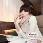 ผ้าพันคอแฟชั่นเกาหลีสีพื้น Hot Basic : สีครีม CK0150