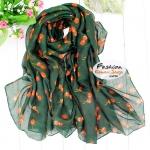 ผ้าพันคอแฟชั่น ลายเชอร์รี่สีส้ม : พื้นสีเขียว CK0410
