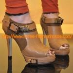 [พร้อมส่ง] รองเท้าบูธส้นสูง หุ้มข้อ สีน้ำตาล  ไซส์38#39#