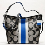 COACH hamptons weekend signature stripe shoulder bag # 10055 สี SV / BLACK WHITE / COBALT