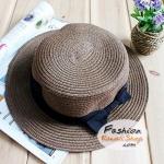 หมวกแฟชั่นทรงขนมเค้ก คาดริบบิ้นดำ : สีน้ำตาลเข้ม BH0012