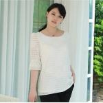 เสื้อชีฟองลายสก๊อตลายดอกกุหลาบ สีขาว ปลายแขนระบายติดไข่มุกสวยหรู (L,XL,4XL,5XL)