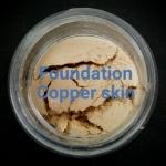 ขนาดจัดชุด MMUMANIA รองพื้นสูตรกึ่งควบคุมความมันและปกปิด สำหรับสีผิวเข้ม Copper skin