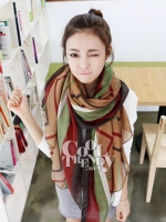ผ้าพันคอลายทาง Strip Zigzag scarf : ผ้าพันคอ Viscose - size 180*80 cm - สีน้ำตาล