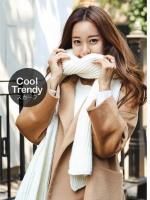 ผ้าพันคอไหมพรมถัก Knit Scarf - size 160x30 cm - สี white cream