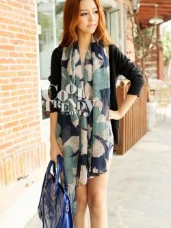 ผ้าพันคอแฟชั่นลายดอกไม้ Begonia : สีฟ้าน้ำเงิน - ผ้าพันคอ Cotton - size 160*60 cm