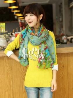 ผ้าพันคอลายดอกไม้ Blossom Bloom สี Blue Green ผ้า Viscose size 180x100 cm