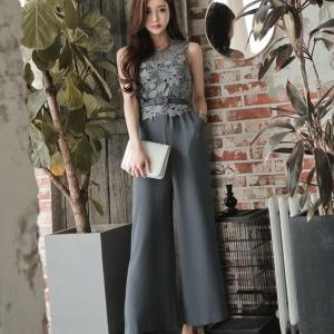 ชุดจั๊มสูทกางเกงขายาวทำงานผู้หญิงแฟชั่นเสื้อลูกไม้ สีเทา ใส่เป็นชุดทำงานเรียบหรู