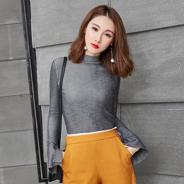 เสื้อยืดกันหนาวไซส์ใหญ่ คอสูง แขนยาว สีขาว/สีเทา (XL,2XL,3XL,4XL,5XL)