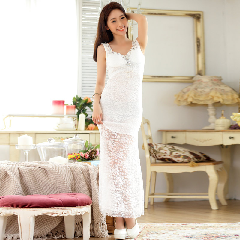 ชุดราตรียาวสีขาวไซส์ใหญ่ ผ้าลูกไม้เซ็กซี่ (F,XL,2XL,3XL) JK-9662