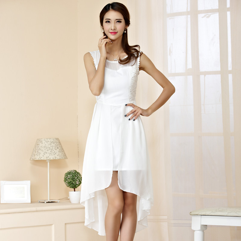 ชุดเดรสผ้าชีฟองไซส์ใหญ่ แขนกุด กระโปรงหน้าสั้นหลังยาว สีขาว/สีดำ (XL,2XL,3XL)