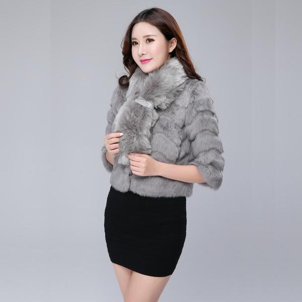 ผ้าพันคอขนกระต่าย สีเทา/สีออฟไวท์/สีดำ