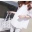 เสื้อเชิ้ตแขนยาวสีขาว ช่วงไหล่-แขนลายโครเชต์ (S - 5XL) 8231#