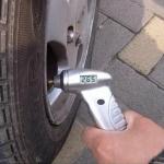 เกจ์วัดลมยางดิจิตอล digital tire gauge
